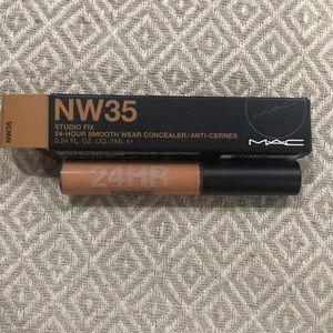 MAC Studio Fix Concealer NW35